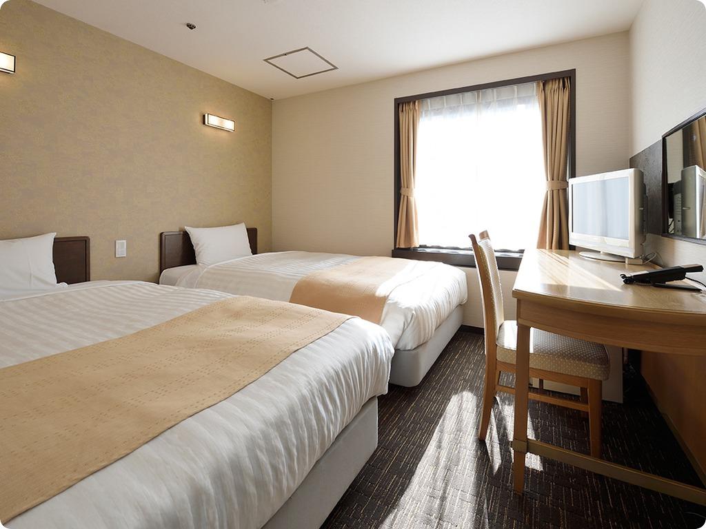 全客室ベッドがシモンズベッドor日本ベッドで快適な睡眠をお約束