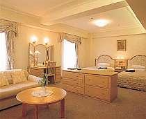 当館自慢のデラックスツインルーム 約45�u■全室セミダブルベッド■LAN完備