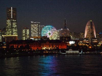 夜景の美しいみなとみらい地区。 実は、日本有数のビジネス街!