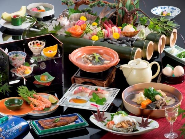 遠州を代表する味覚の豪華会席料理