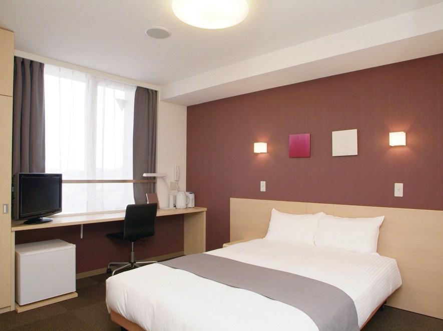 客室ベッドは全米ホテルシェアNo.1のサータ社製のベッドを使用♪(画像はシングルBタイプ)