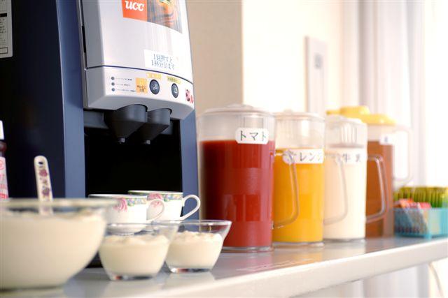 ご朝食のお飲み物はセルフサービスにてご自由にお召し上がり頂けます☆