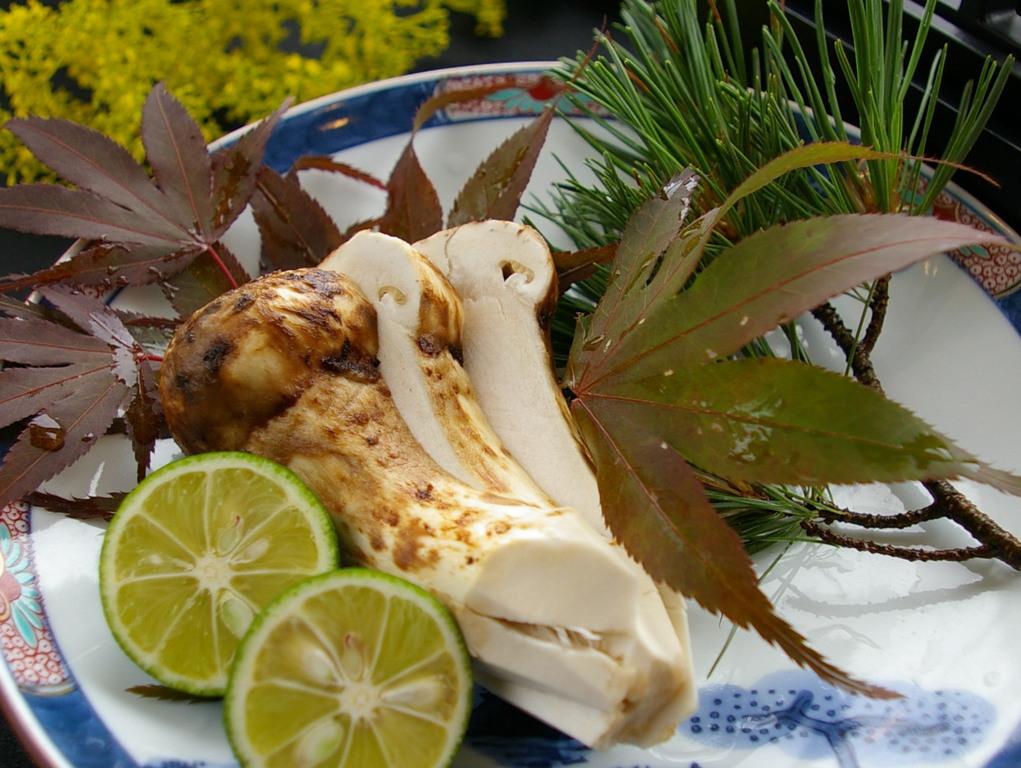 秋の香り「松茸」をご夕食で・・・ イメージ