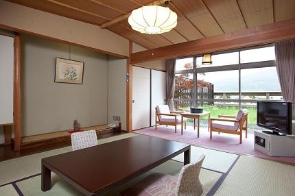 趣のある和室のお部屋です。