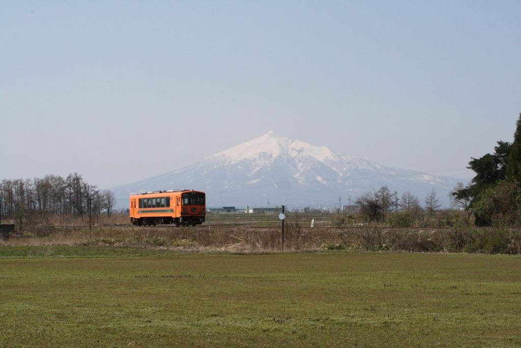岩木山と津軽鉄道