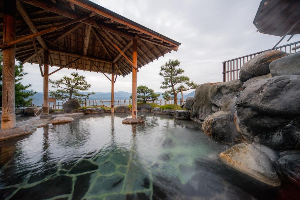 東郷湖一望露天風呂「千年の湯」
