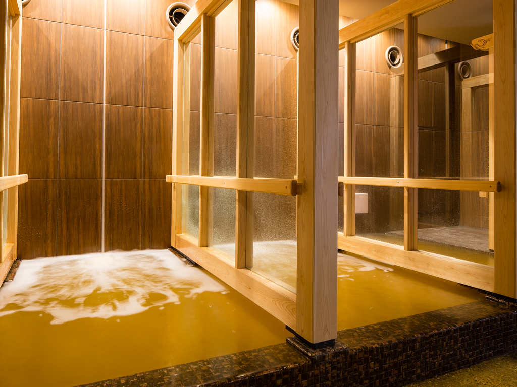 神戸六甲温泉「濱泉」打たせ湯