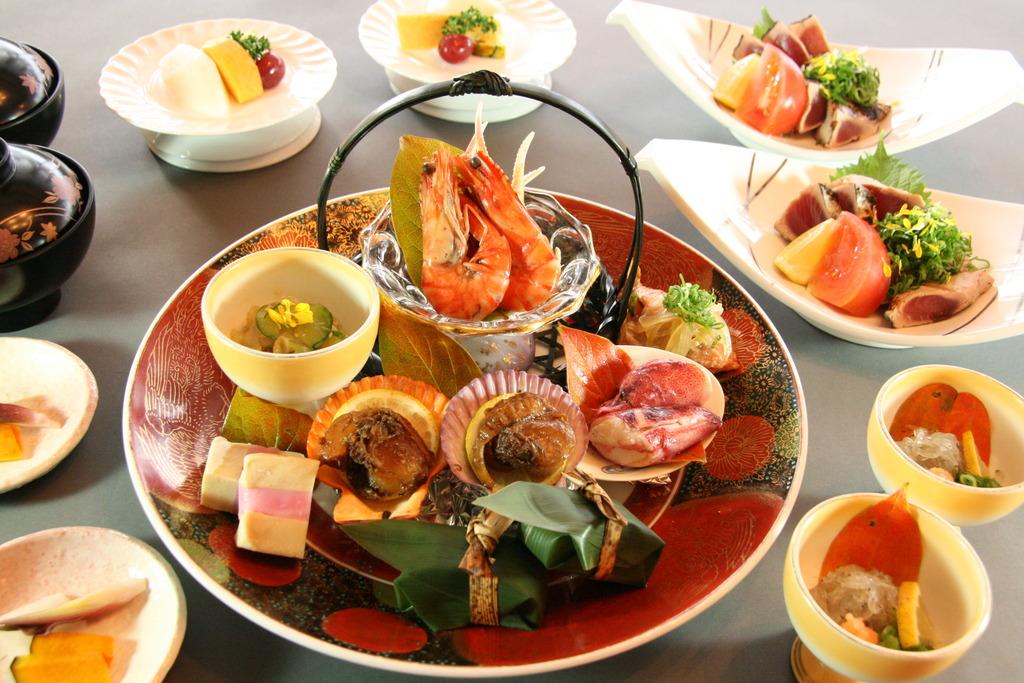 皿鉢料理(基本イメ−ジ)