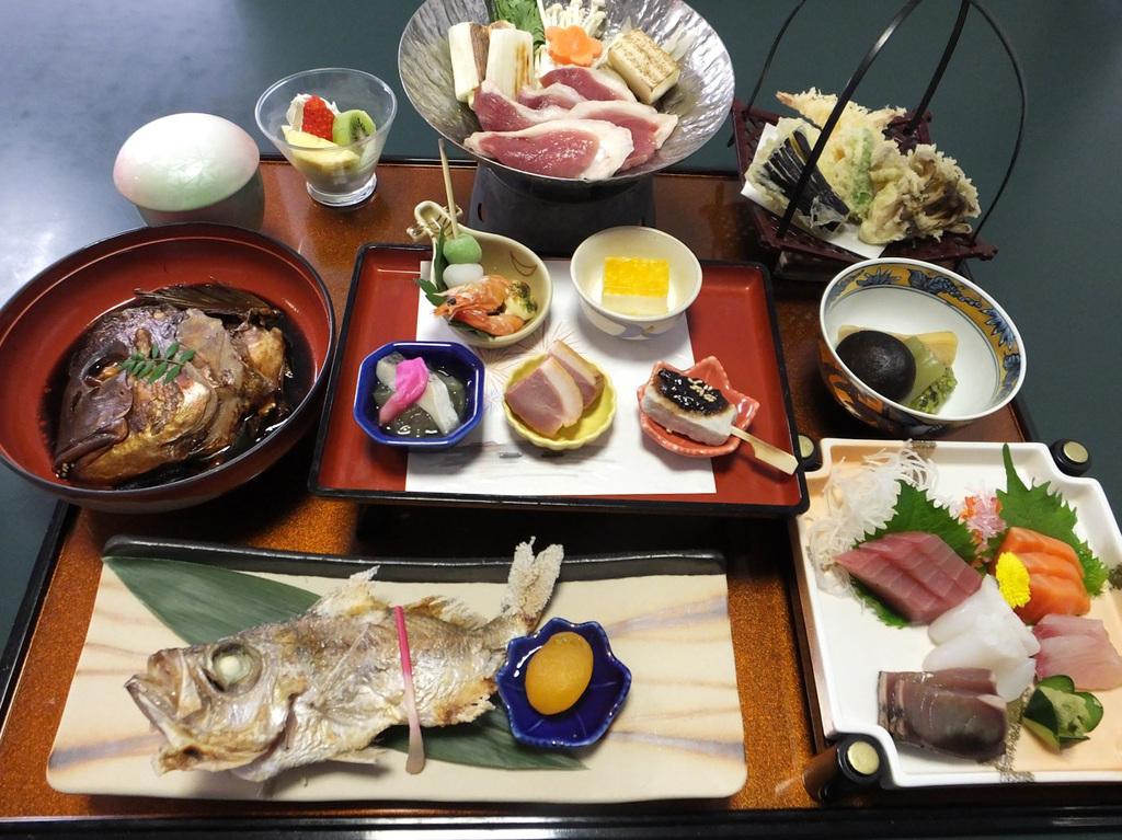 三河御膳 宴〜春